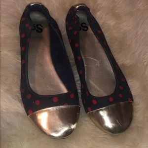 Polka dot ballet flats with gold caps